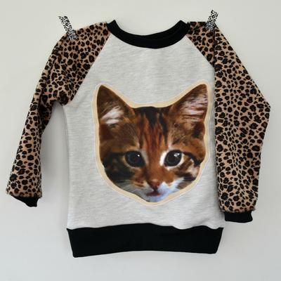 Squarebig_cat_20sweater