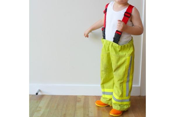 Biglogo_fireman_s_20pants_20after_20front